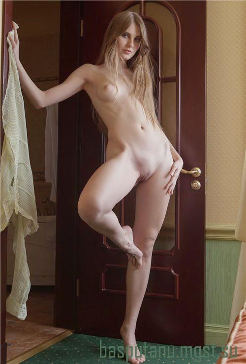 Ильмира: мастурбация члена руками